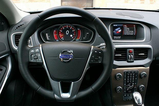 Volvo V40 Cross Country T5 AWD