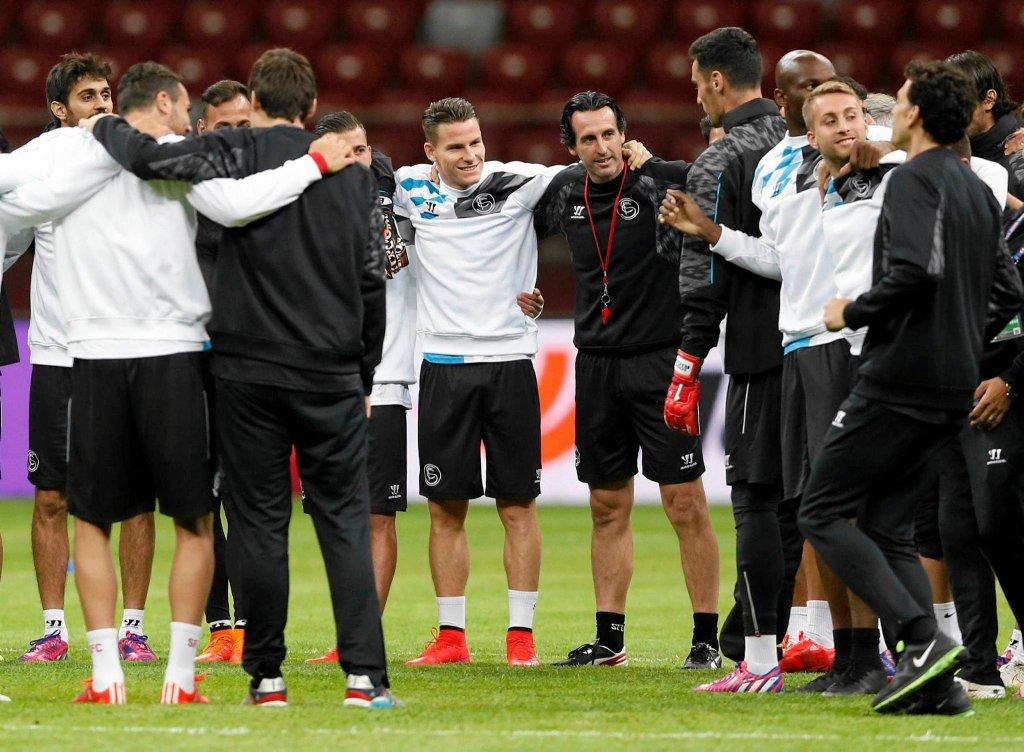 Trening Sevilli na Stadionie Narodowym