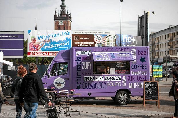 Zdjęcie numer 2 w galerii - Gruba Rura to nowy food truck. Kurtosze - w wersji wytrawnej i na słodko