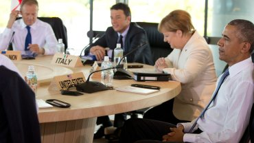 Tusk i Obama podczas szczytu G-7 w Japonii
