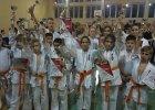 Adepci karate Dragona walczyli w Łosicach. Zdobyli tuzin medali!