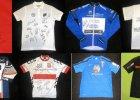 Sportowcy oddają koszulki na aukcję chorej na raka 3-latki