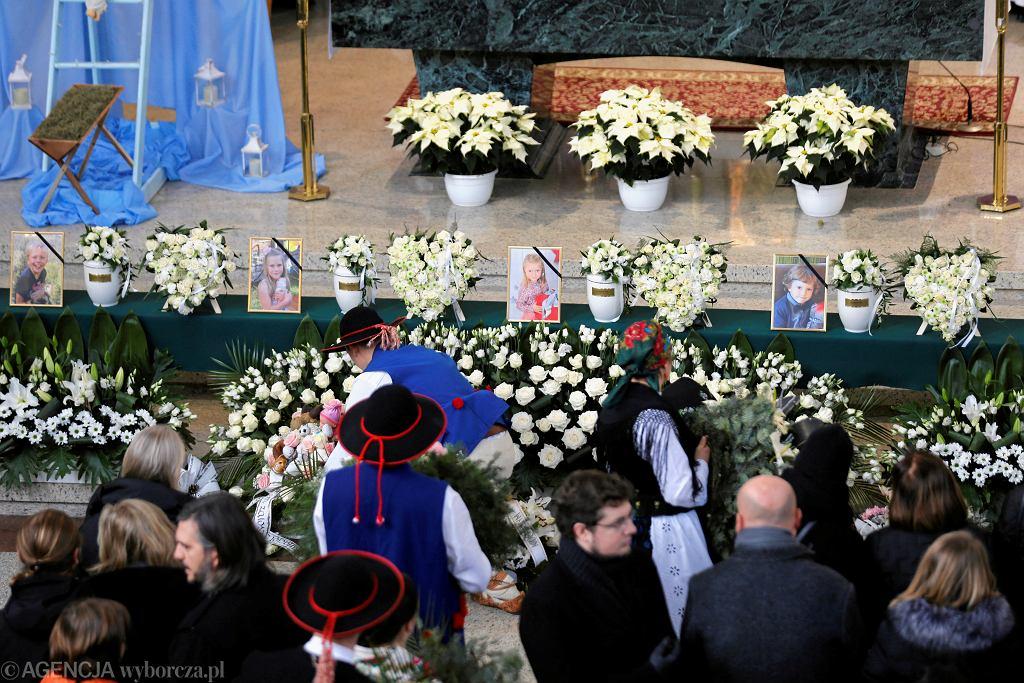 Pogrzeb ofiar wybuchu gazu w Szczyrku