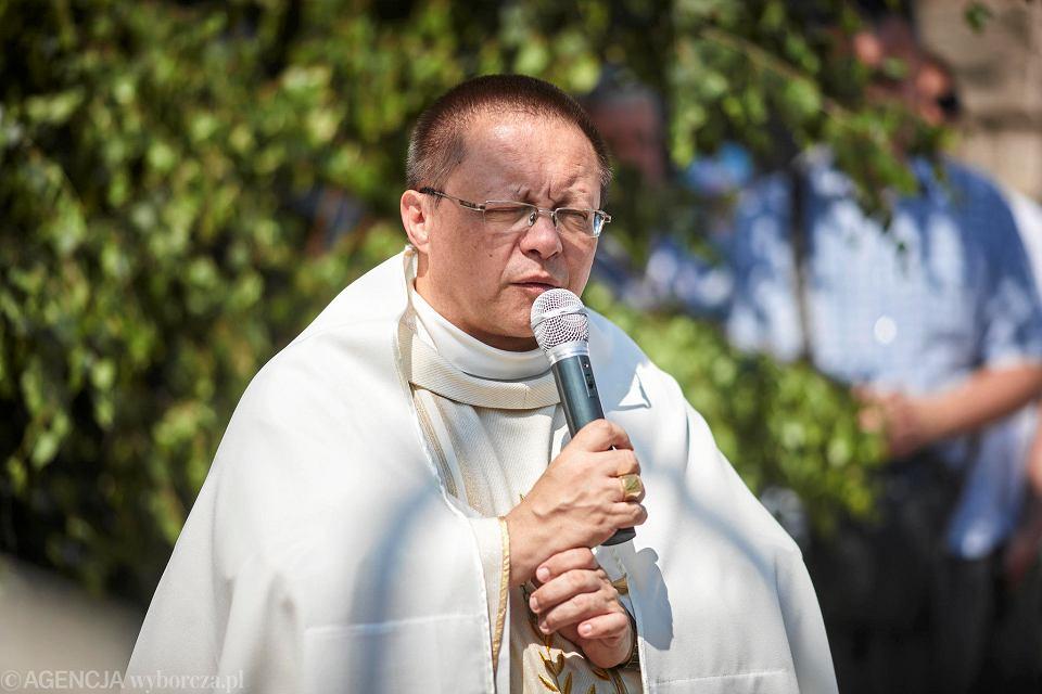 W Boże Ciało łódzki metropolita abp Grzegorz Ryś poprowadził procesję wokół archikatedry.
