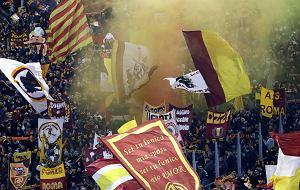 """Skreślony i wyszydzany Mourinho sprawił, że Rzym oszalał. """"Witamy bohatera"""""""