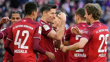 W Bundeslidze bez zmian. Robert Lewandowski strzela, Bayern wygrywa