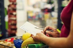 Jak oszczędzać na jedzeniu? Od sprytnych zakupów do ponownego wykorzystywania resztek