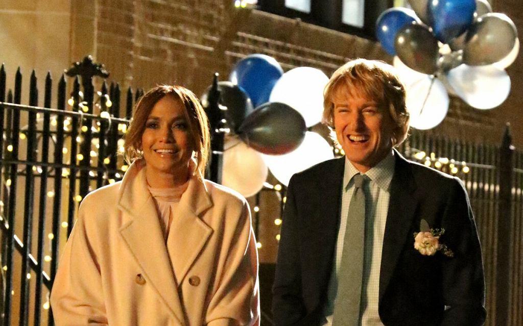 Jennifer Lopez i Owen Wilson na planie filmu 'Marry Me'