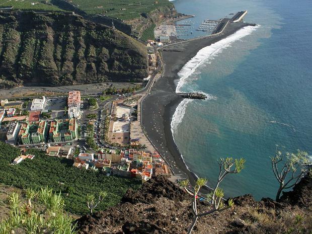 Wyspy Kanaryjskie - La Palma. Playa de Puerto de Tazacorte / shutterstock
