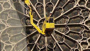 Już zaczęto naprawiać Notre Dame
