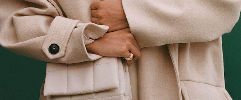 Ta torebka Mango zawładnęła wiosennymi trendami. Jest stylowa, poręczna i kosztuje niewiele!