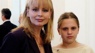 """Izabela Trojanowska chwali się córką. Roxana ma dziś 30 lat i wygląda jak kopia mamy sprzed lat. """"Piękna kobieta"""""""