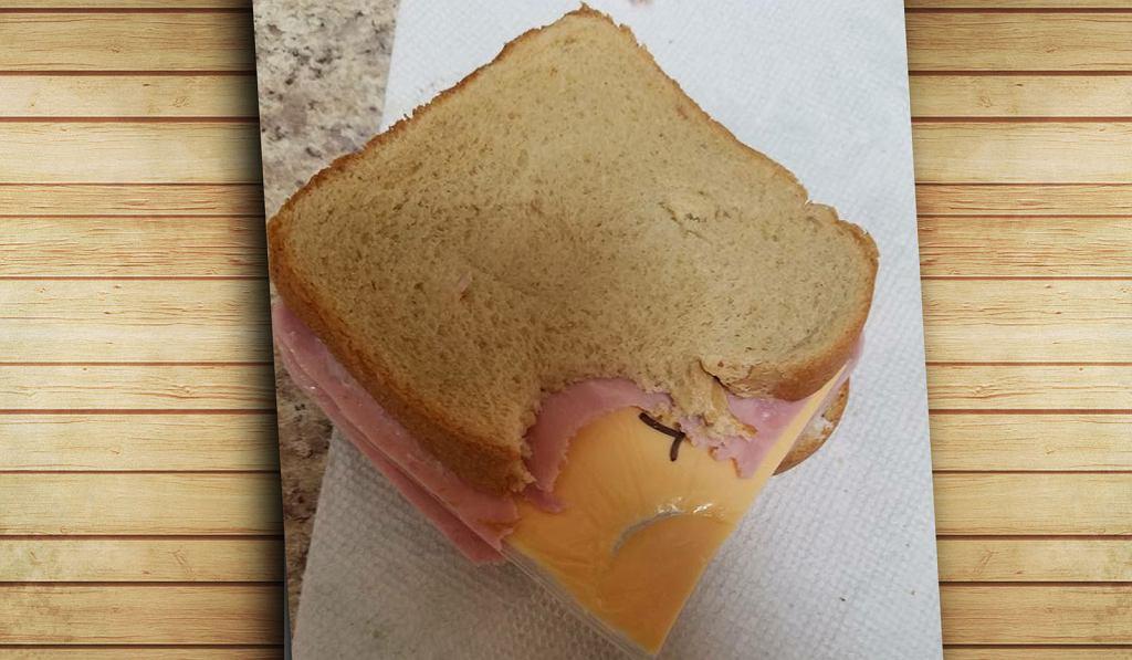 Obrażonej żonie wystarczy plasterek sera, żeby się zemścić - oto przykład