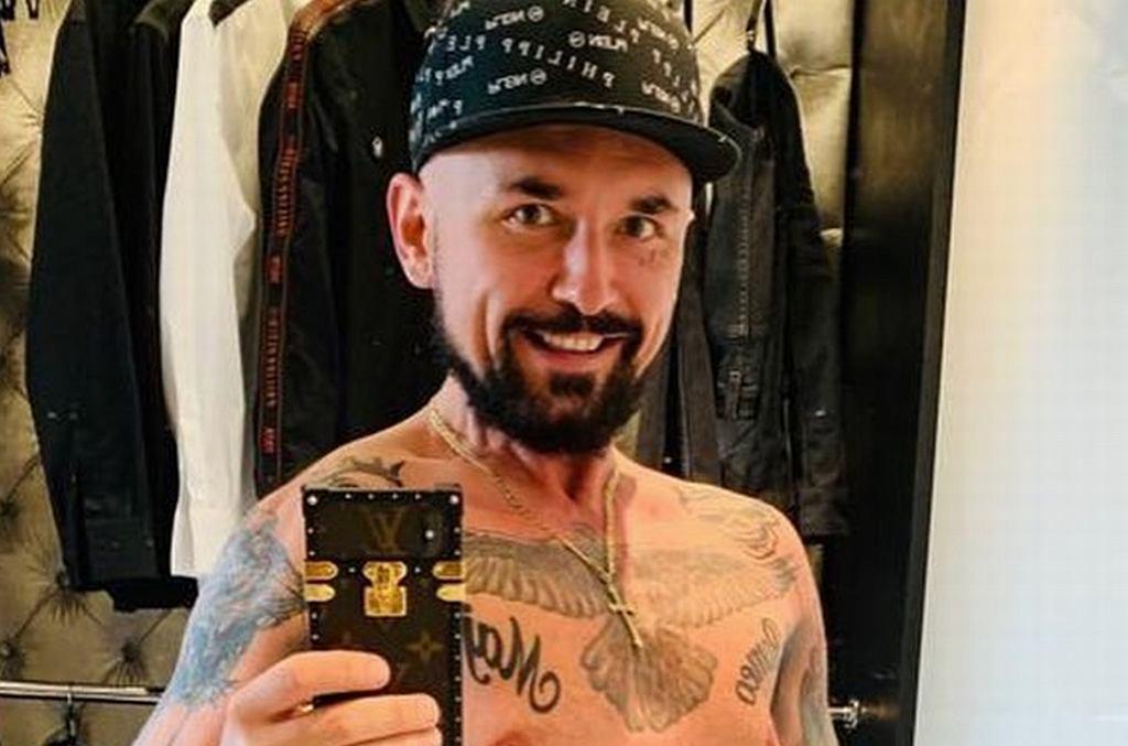 Patryk Vega pokazał swoje tatuaże