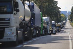 Zakazy ruchu w wakacje. Nowe ograniczenia w weekendy w Polsce