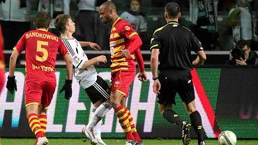 Legia przegrała z Jagiellonią 1:2. Starcie Jakuba Koseckiego i Ugo Ukah