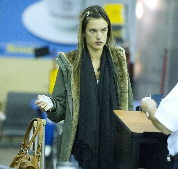 EXCLUSIVE: Supermodel Alessandra Ambrosio arrives at JFK Airport in NYC.  Pictured: Alessandra Ambrosio