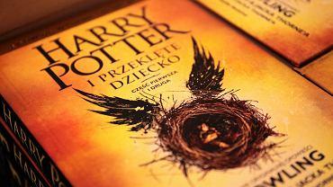 """Premiera książki """"Harry Potter i Przeklęte Dziecko"""" w Empiku w centrum handlowym Bonarka w Krakowie"""