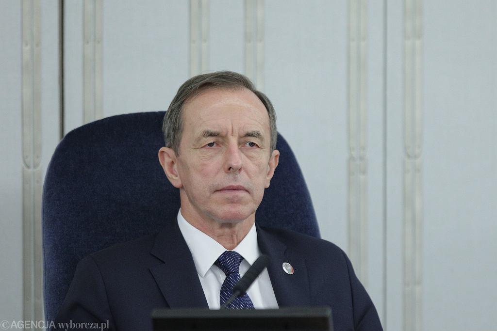 17.08.2020, marszałek Senatu Tomasz Grodzki podczas posiedzenia.