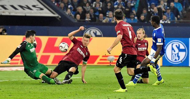 Piłkarz Hannoveru 96 zakażony koronawirusem. Klub oficjalnie potwierdza