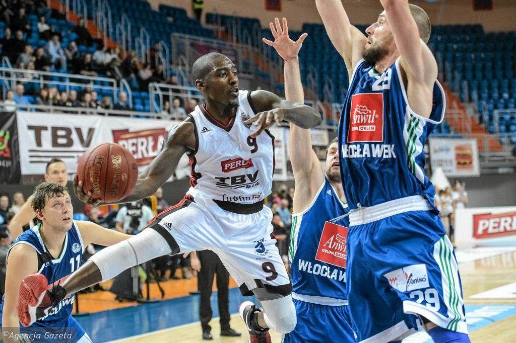 TBV Start Lublin - Anwil Włocławek 69:71. Z piłką Doug Wiggins