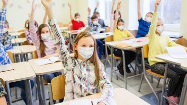 Powrót do szkoły po niemal półrocznej przerwie jest trudny zarówno dla dzieci, jak i nauczycieli.