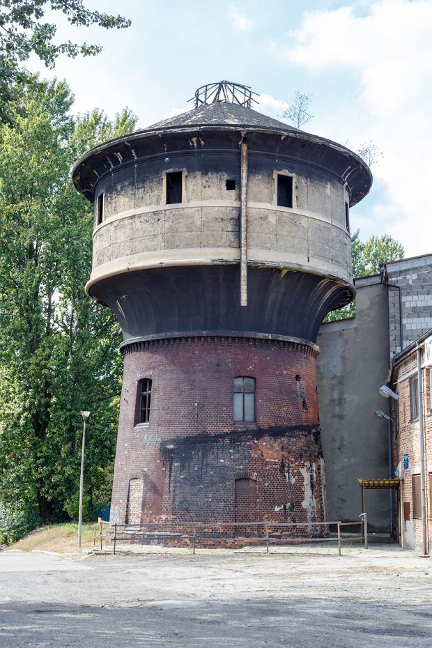 Zdjęcie numer 9 w galerii - Są nieodłącznym elementem krajobrazu Katowic. 15 wież uwiecznionych na fotografiach