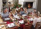 Jak udekorować stół wigilijny? Nakrycie stołu na święta