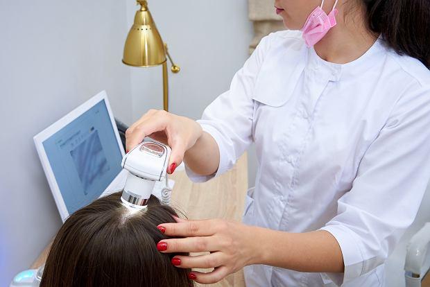 Badanie trychologiczne włosów