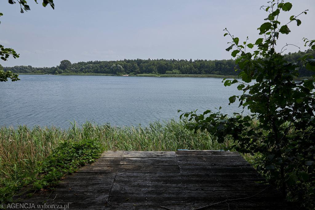 Jezioro - zdjęci ilustracyjne