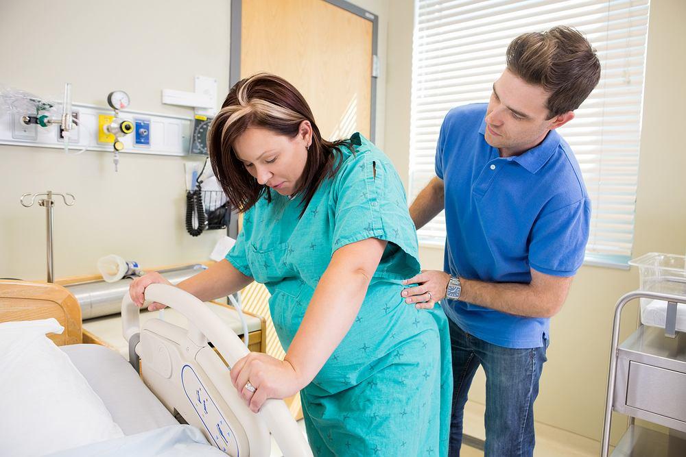 masaż podczas porodu
