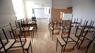 W czerwonych strefach wraca nauka częściowo zdalna dla klas I-III (zdjęcie ilustracyjne)