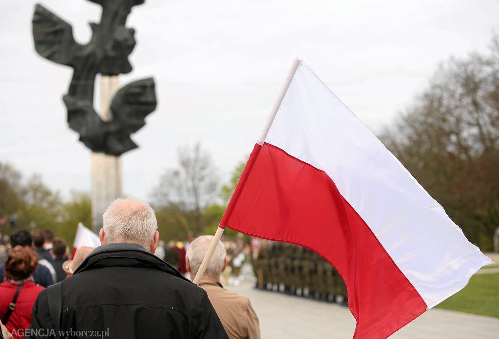 14 kwietnia obchodzimy Święto Chrztu Polski. Czy jest to dzień wolny od pracy?