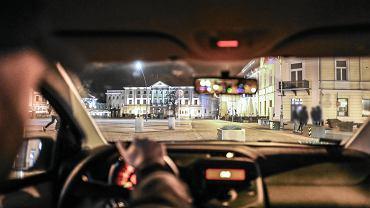 Kielce, 6 maja 2019 roku. Mieszkający w Kielcach od 8 lat , oskarżony o spowodowanie śmierci człowieka , zdarzenie miało miejsce w maju 2018 na Rynku