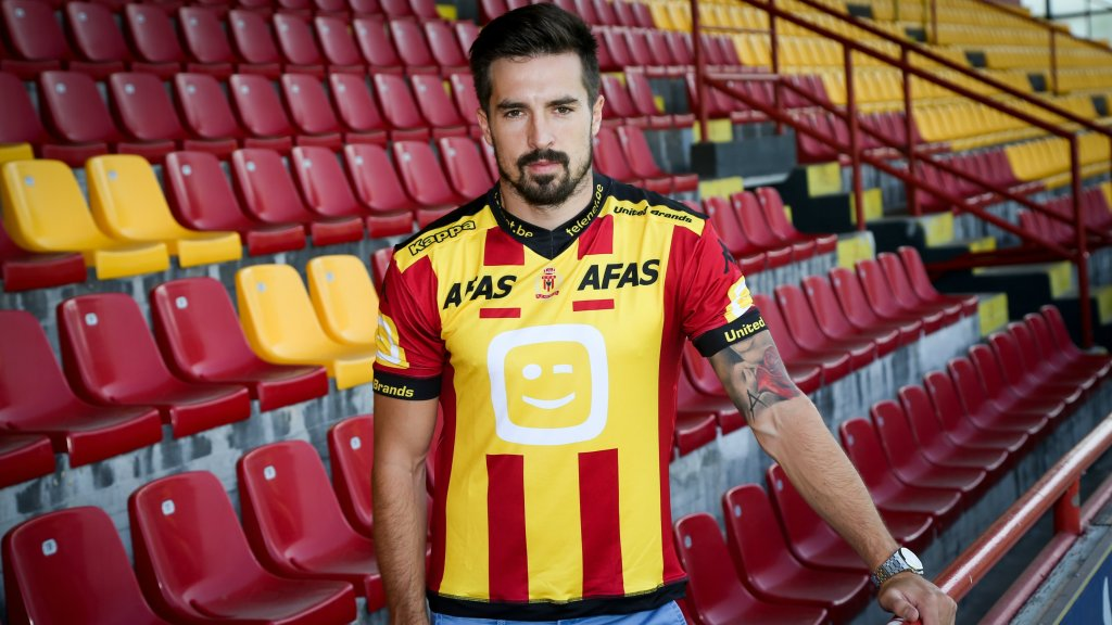 Vladimir Volkov w stroju KV Mechelen