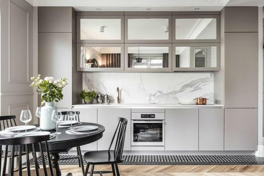 Małe mieszkanie w przedwojennej kamienicy - kuchnia