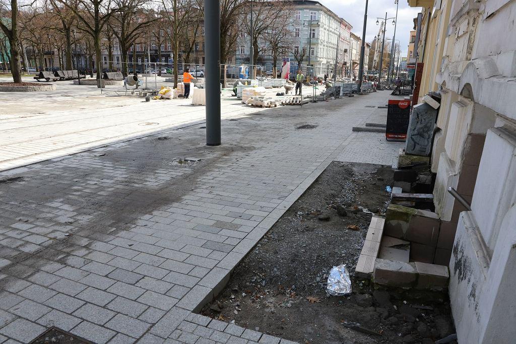 Przebudowa 1,5-kilometrowego odcinka drogi wraz z torowiskiem i ciągiem pieszym na ulicach Chrobrego i Mieszka I w Gorzowie