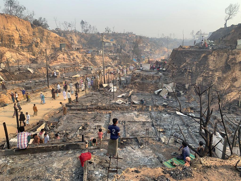 Zniszczony obóz dla Rohindżów