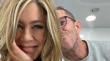 Jennifer Aniston ma nową fryzurę? Gwiazda pokazała się w modnym i bardzo odmładzającym cięciu (zdjęcie ilustracyjne)