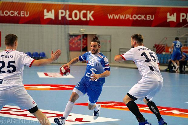 Zdjęcie numer 6 w galerii - Superliga piłkarzy ręcznych. Nafciarze zrewanżowali się za porażkę w 1. kolejce w Szczecnie i wygrali z Pogonią 31:16 [GALERIA]