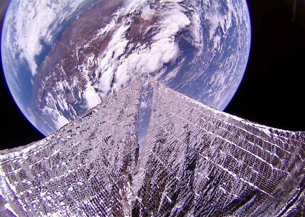 Zdjęcie Ziemi zrobione przez statek kosmiczny LightSail 2