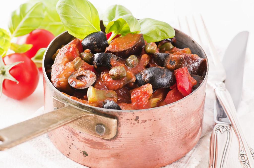 Caponata, czyli duszone warzywa z pomidorami