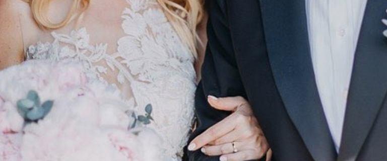 Gwiazda TVN-u wzięła ślub. Najbardziej zachwyca suknia panny młodej