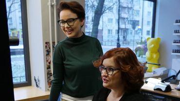 Fryzjerka Małgorzata Serafin i dziennikarka Tokfm.pl Anna Dryjańska