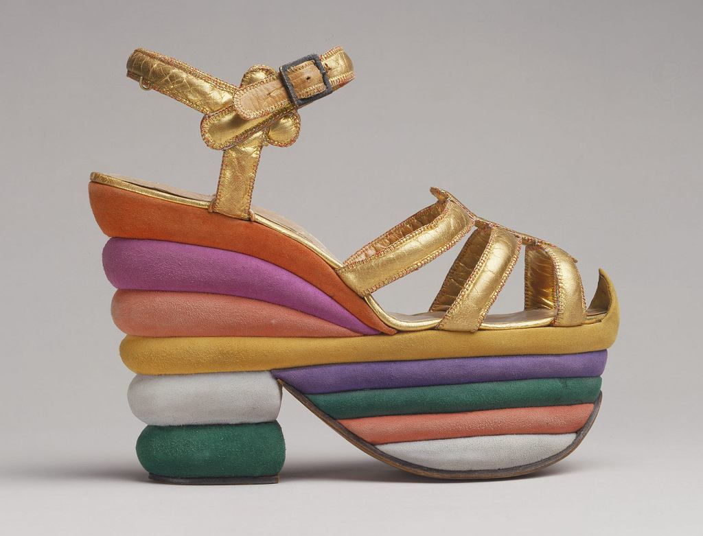 Tęczowe sandały na platformie Salvatore Ferragamo 1938