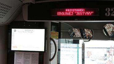Gratulacje dla Justyny Kowalczyk w zamojskim autobusie