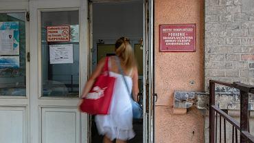 Kolejka do rejestracji w szpitalu na Lindleya