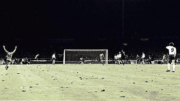 Radość Polaków po 'zwycięskim remisie' na Wembley w 1973 roku