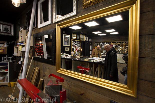 Zdjęcie numer 2 w galerii - Manufaktura Sztuki otwarta. Można przyjść porozmawiać z twórcami i samemu tworzyć [ZDJĘCIA]