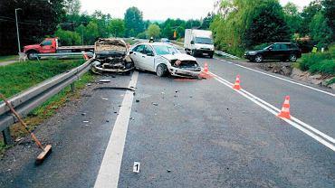 Lipiec 2014 r. Wypadek na drodze krajowej nr 19, w którym ucierpiały dwa pojazdy, m.in. ten, którym kierował Henryk Koszałka